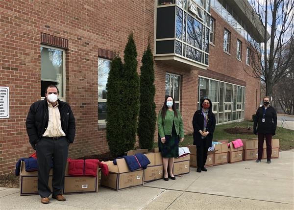 Exelon Generation Donates Coats to Woodrow Wilson Students